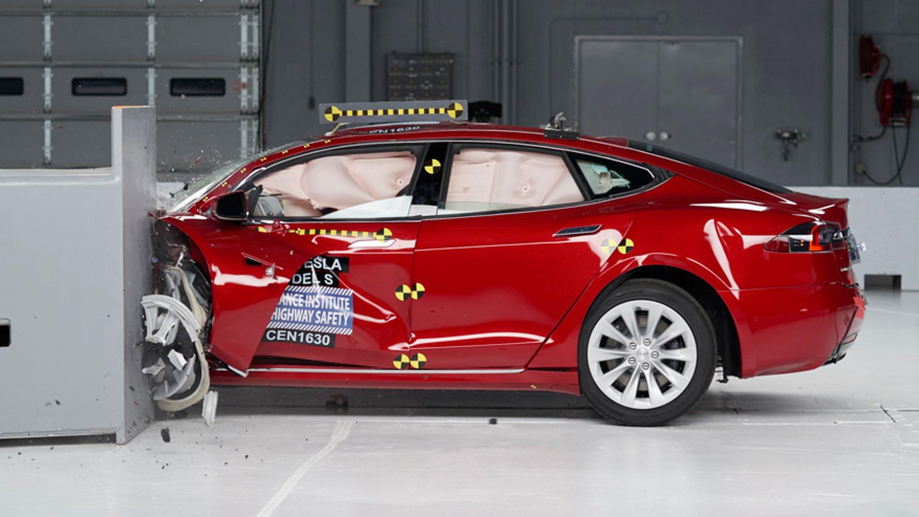 Tesla Bmw Electrics Fall Short Of Highest Crash Test Rating Fox News