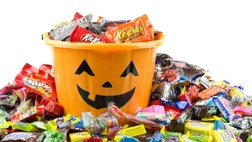 Everyone loves a good scare around Halloween, but for families with asthma and/or skin and food allergies, a holiday celebrated with copious amounts of candy and preservatives can be especially frightening