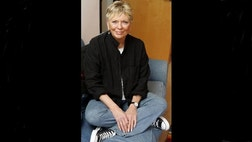 Linda Ellerbee, Washington Post TV columnist use busy Romney's 'no thanks' to Nick News  invite as chance to take a shot at the Republican candidate.