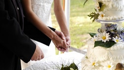 Online resources can help or hurt your nuptial planning.