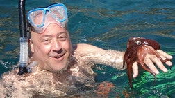 Bizarre Foods host Andrew Zimmern has racked up more than a few airline miles in his day.The world traveler and brave taste-tester spoke to FoxNews.com about his travel tips and best picks for vacation.