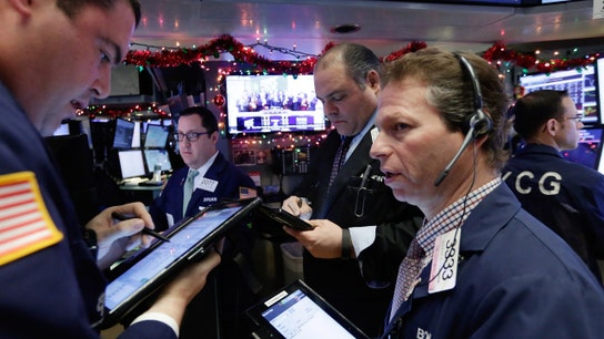 Stocks Bogged Down by Falling Oil Prices