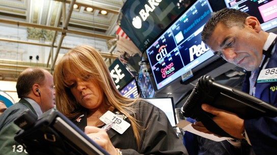 U.S. Markets Continue Slide, Oil Settles Under $30