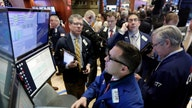 Dow Climbs Nearly 400 Points on Final Day of Gloomy January