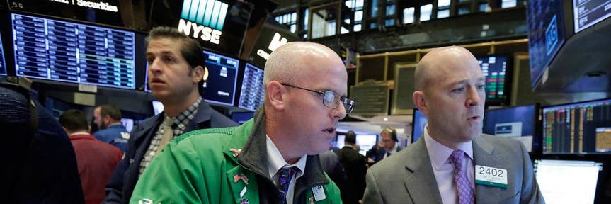 Stocks point lower ahead of Fed minutes, housing data