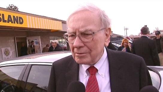 Warren Buffett on Economy, Berkshire Succession Plan