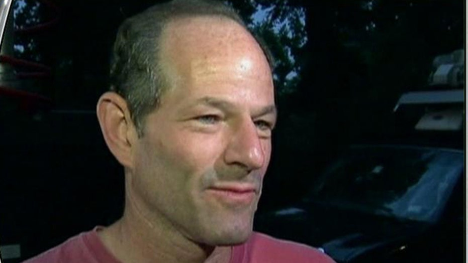 Spitzer Using Fight With Wall Street to Boost Political Comeback