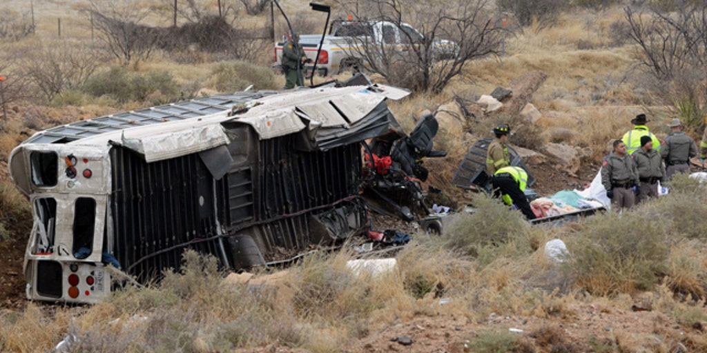 At least 10 dead after Texas prison bus collides with train | Fox News