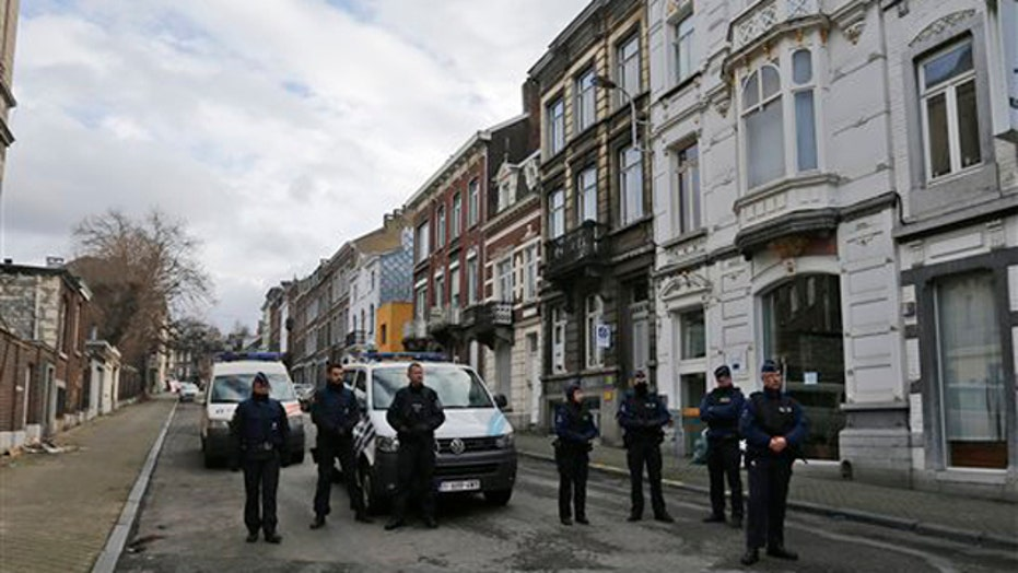 Suspects found, killed in Europe anti-terror raids
