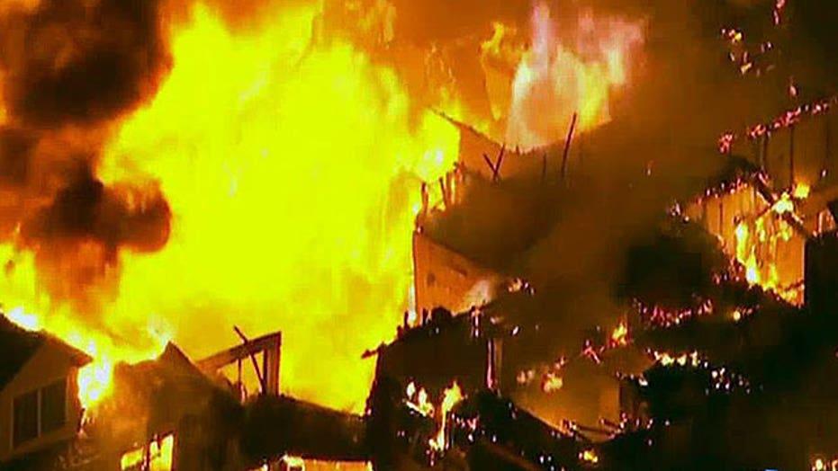 Massive fire destroys luxury apartment complex