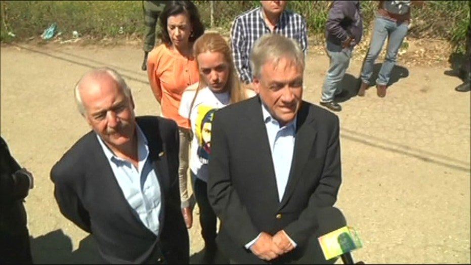 Former leaders denied access to visit Leopoldo Lopez in jail