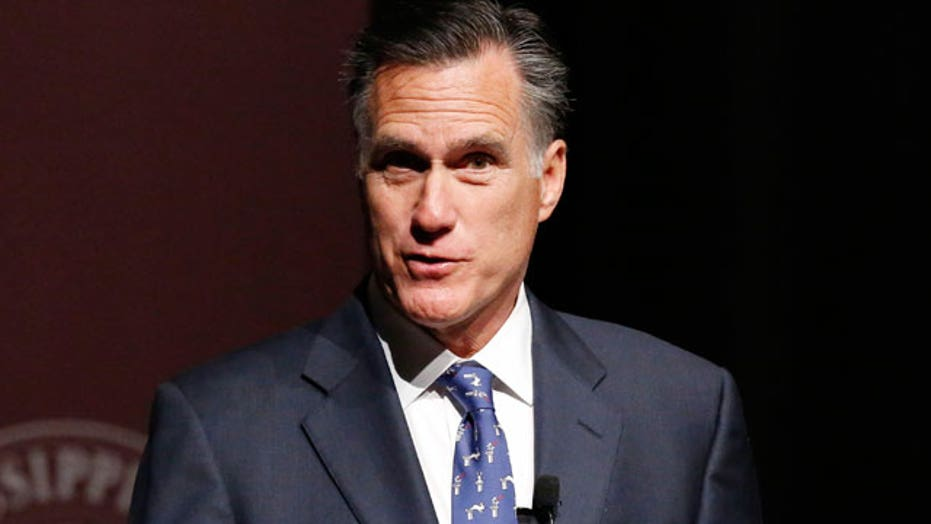 Mitt Romney slams Hillary Clinton in Mississippi speech