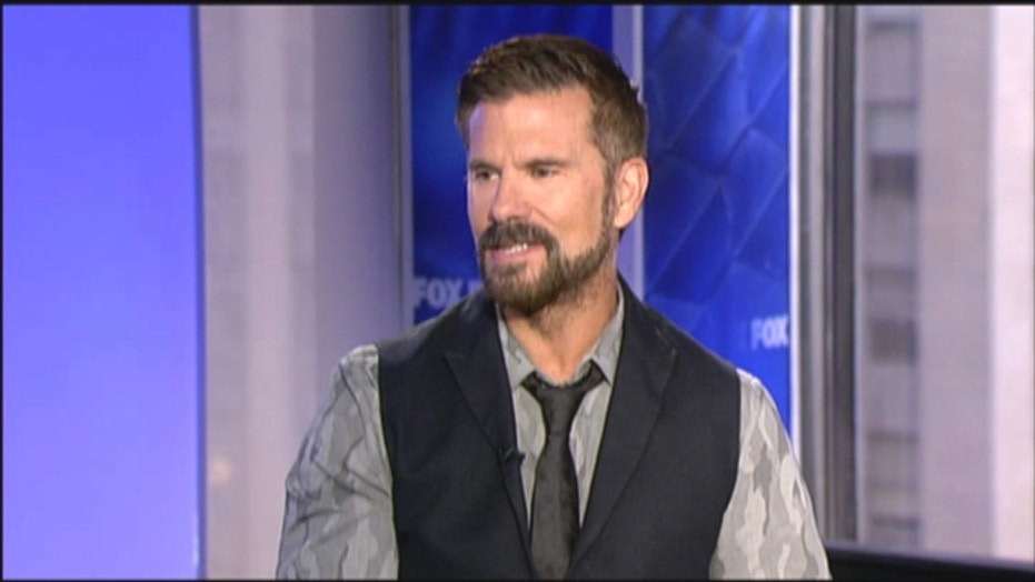 Actor Lorenzo Lamas tells all in new book