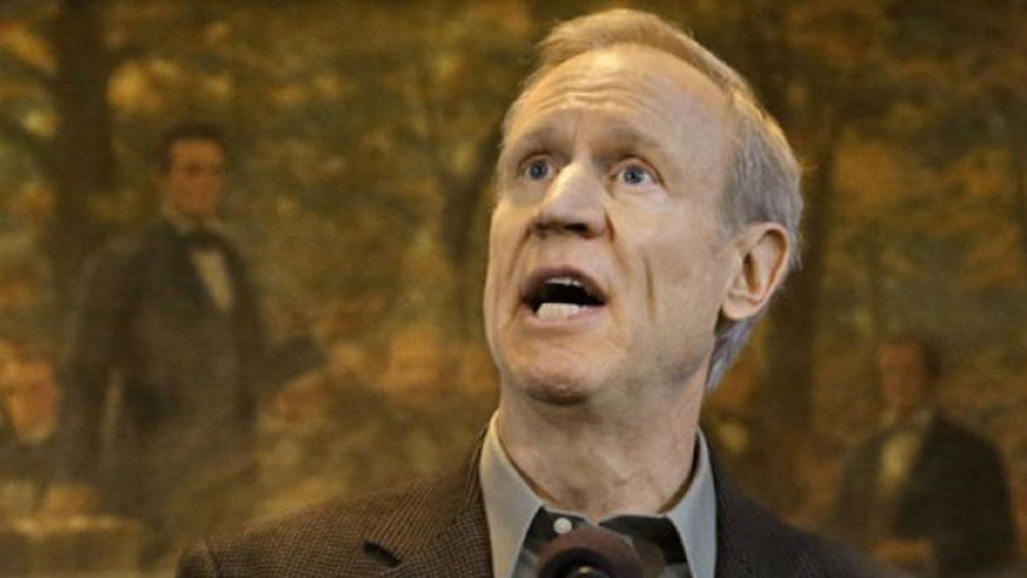 Illinois governor acts to curb power of public sector unions