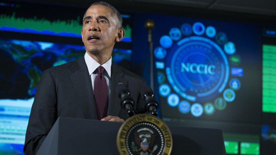 New privacy debate as Obama signs cybersecurity exec order