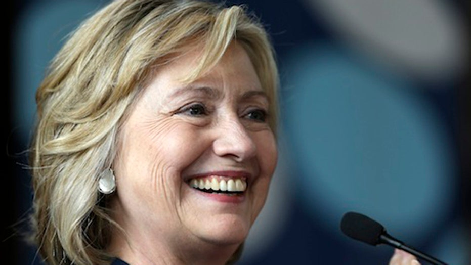 Clinton Foundation drops ban on foreign government gifts
