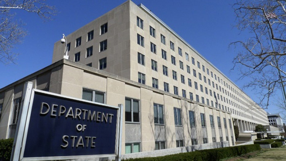 Report: Hackers still have access to State Department emails