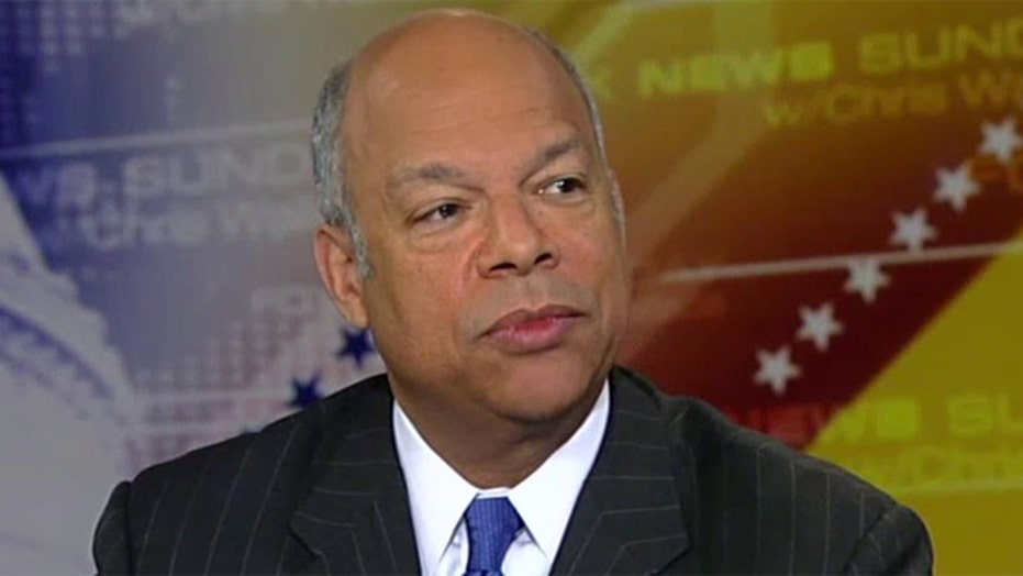 Jeh Johnson talks plan to defeat ISIS, immigration standoff