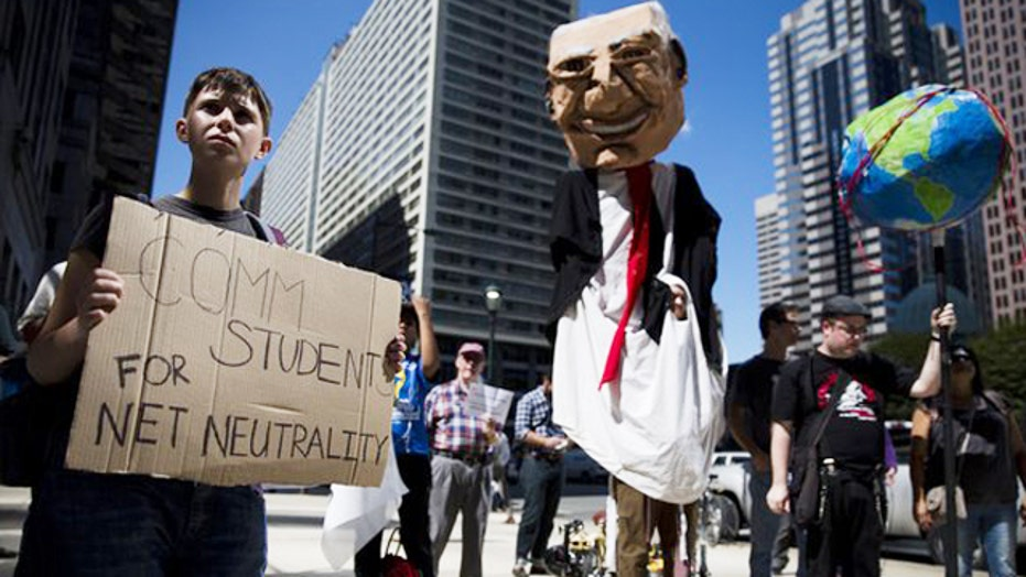 FCC approves 'net neutrality' rules for Internet providers