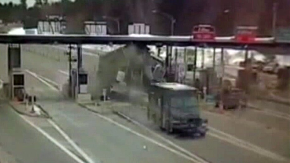 Video shows truck collision with toll booth in New Hampshire
