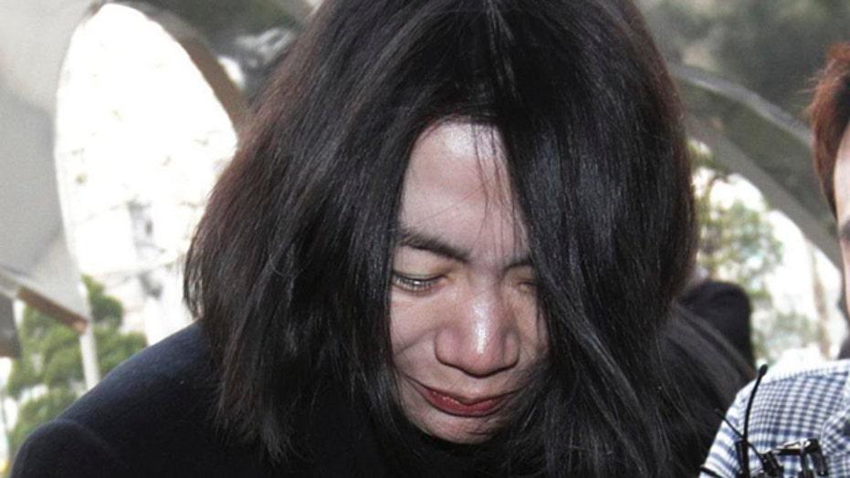 Bizarre turn in Korean Air 'nut rage' case