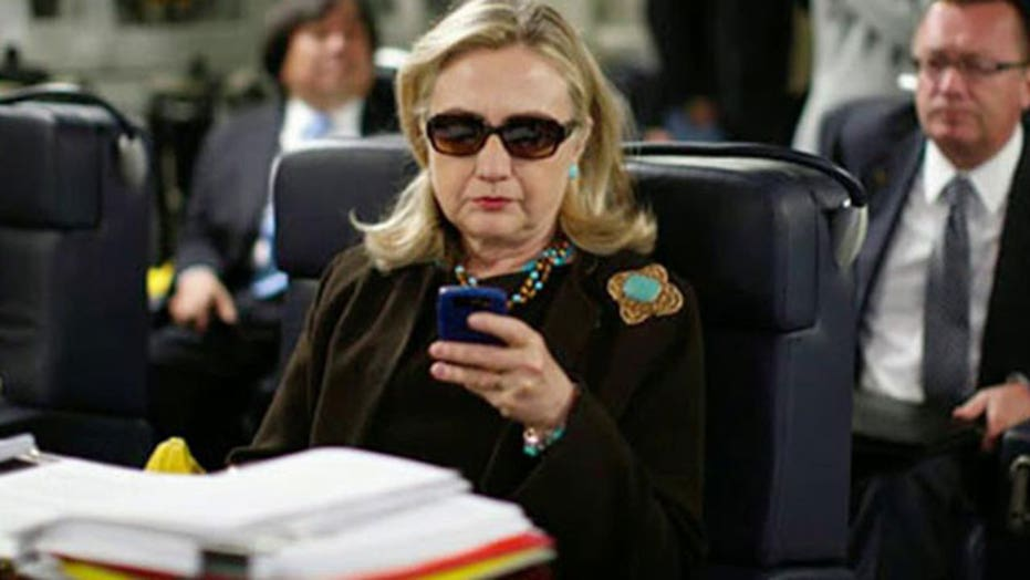 Republicans demand Hillary Clinton turn over her server