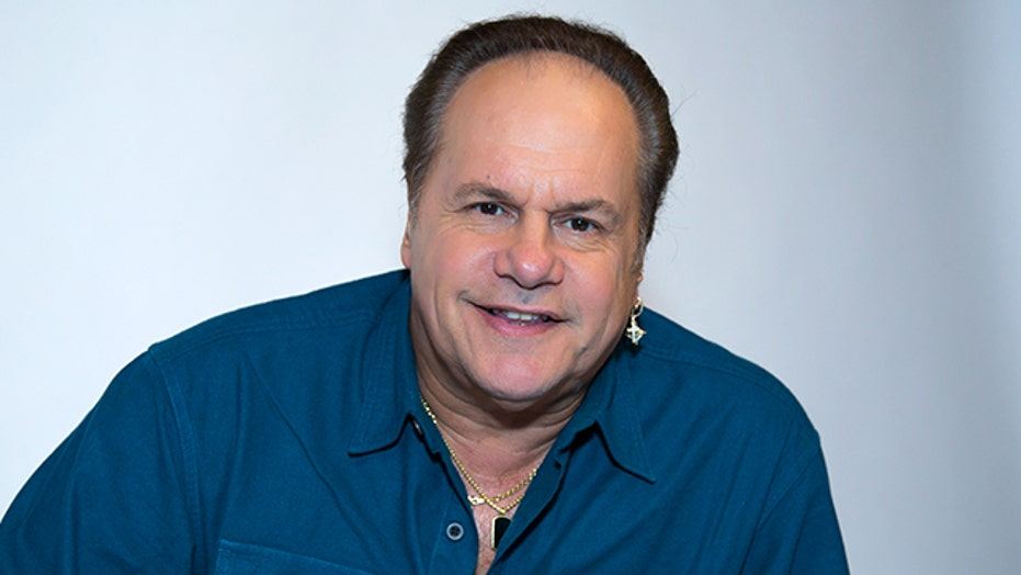 KC and the Sunshine Band Releases 'Feeling You! The 60s'