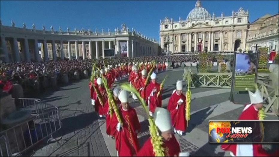 Pope celebrates the beginning of Holy Week