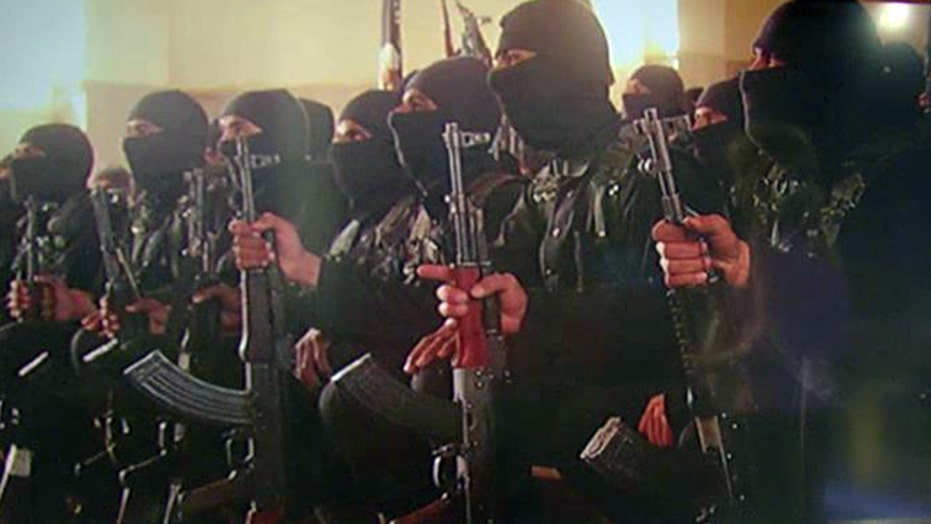 ISIS tweets photos of military 'graduation'