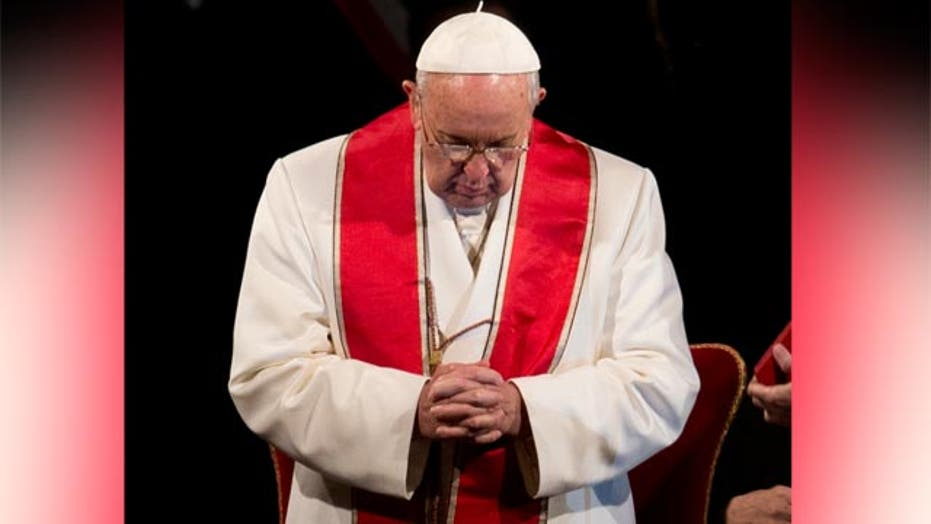 Pope Francis condemns terror attack at university in Kenya