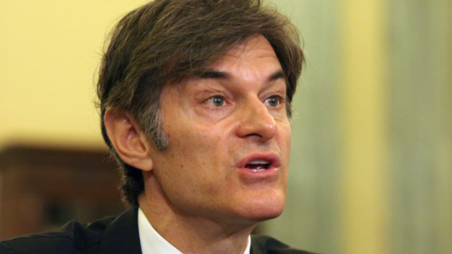 Group of doctors call on Columbia University to ditch Dr. Oz