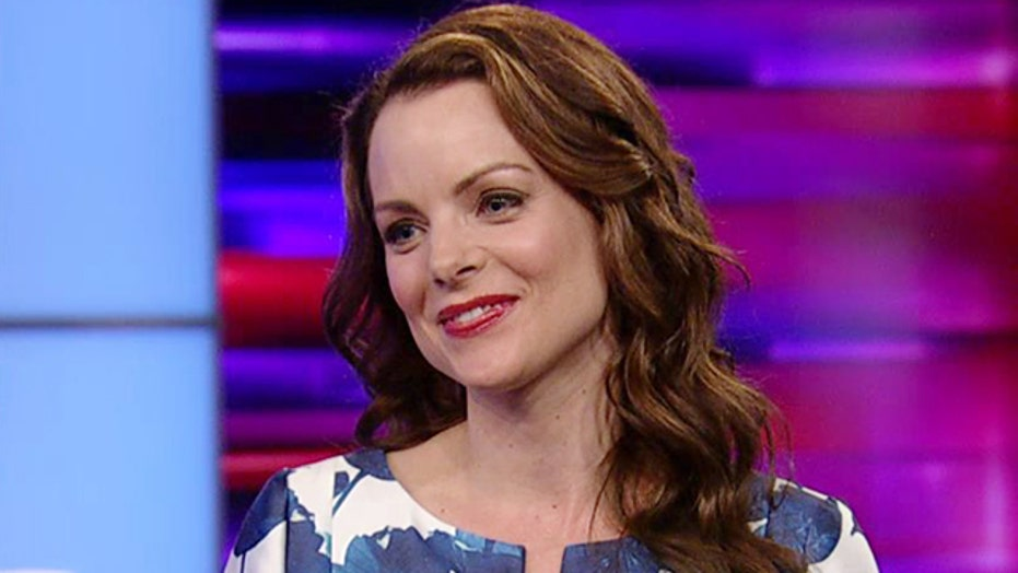 Kimberly Williams-Paisley on facing her mother's dementia