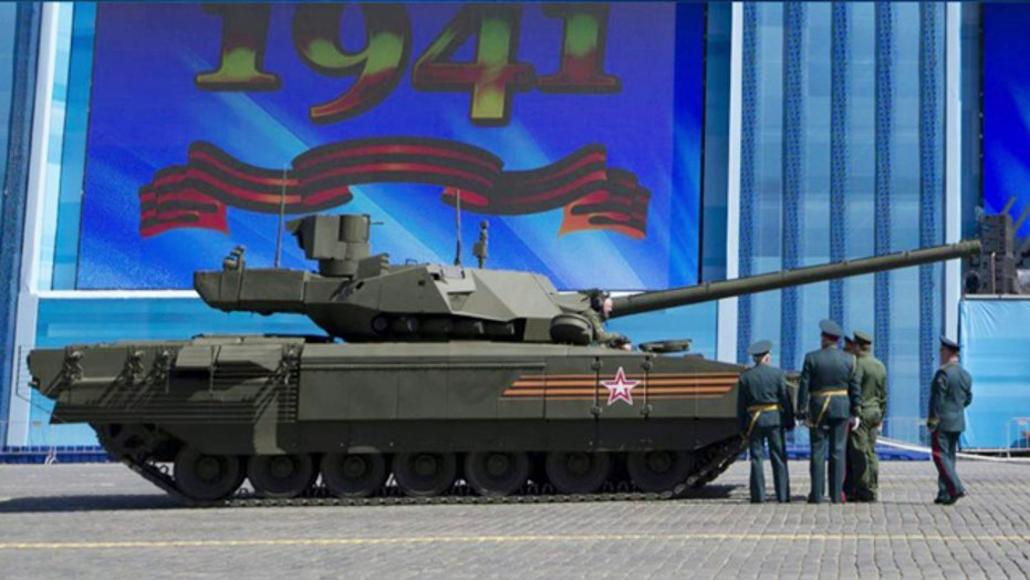 Russia's state-of-the-art tank stalls during parade