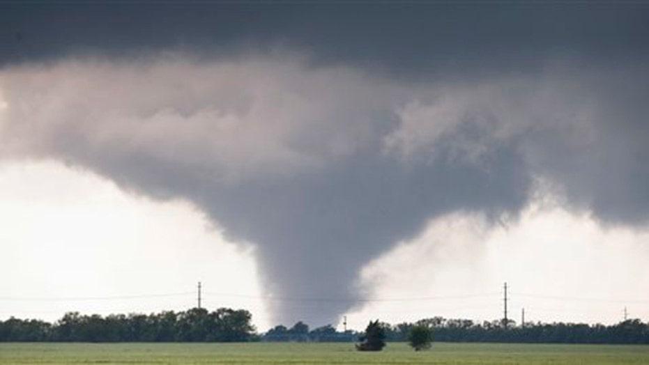 Tornado kills one person in Cisco, TX