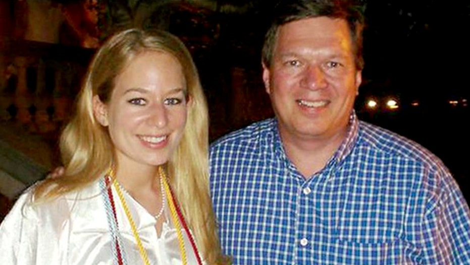 Natalee Holloway's father in Aruba pursuing new lead