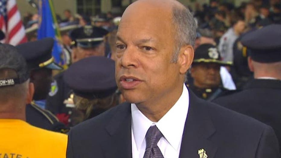 DHS Secy: Important for leaders to honor law enforcement