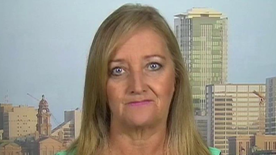 Mother of slain SEAL blasts WH downplaying loss of Ramadi