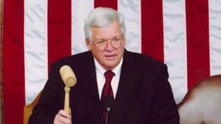 Former House Speaker Hastert indicted on federal charge