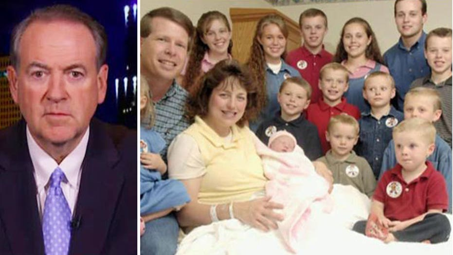 Mike Huckabee speaks out about the Duggar fallout