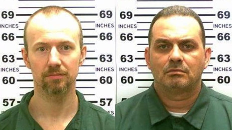 'Intense' search for escaped killers near Mountain View, NY