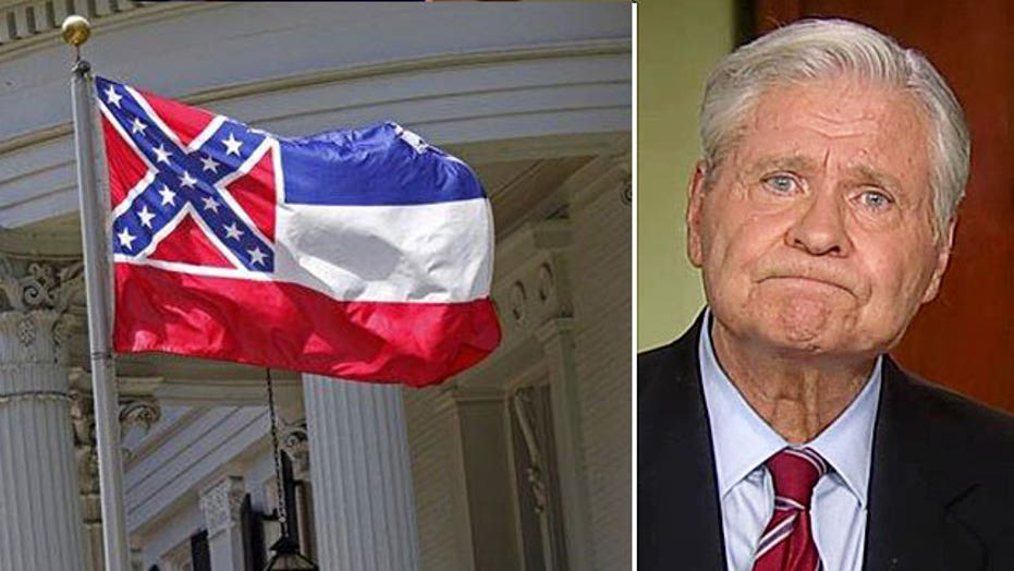 'Dukes of Hazzard' actor weighs on Confederate flag debate