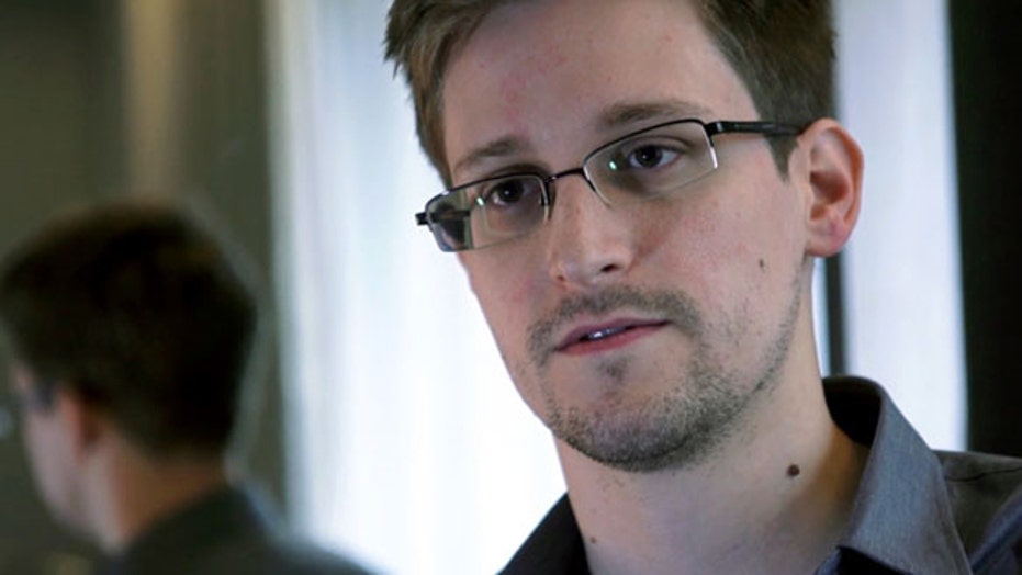 Holder: 'Possibility' of plea deal for Edward Snowden