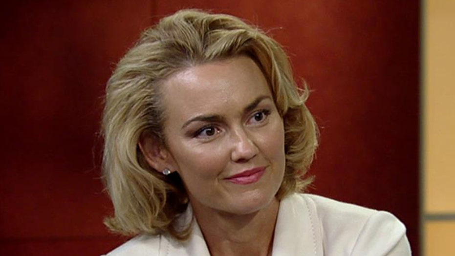 Actress Kelly Carlson explains why she bought a gun