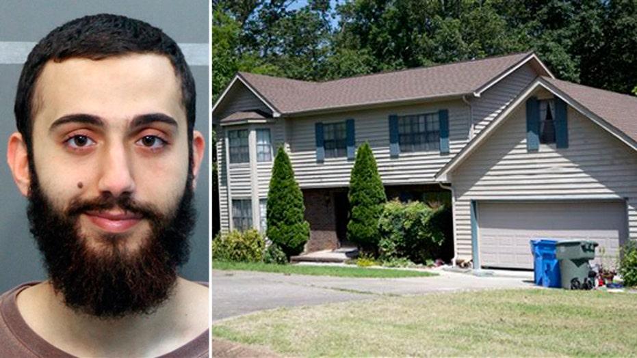 Officials examine Chattanooga gunman's blog postings