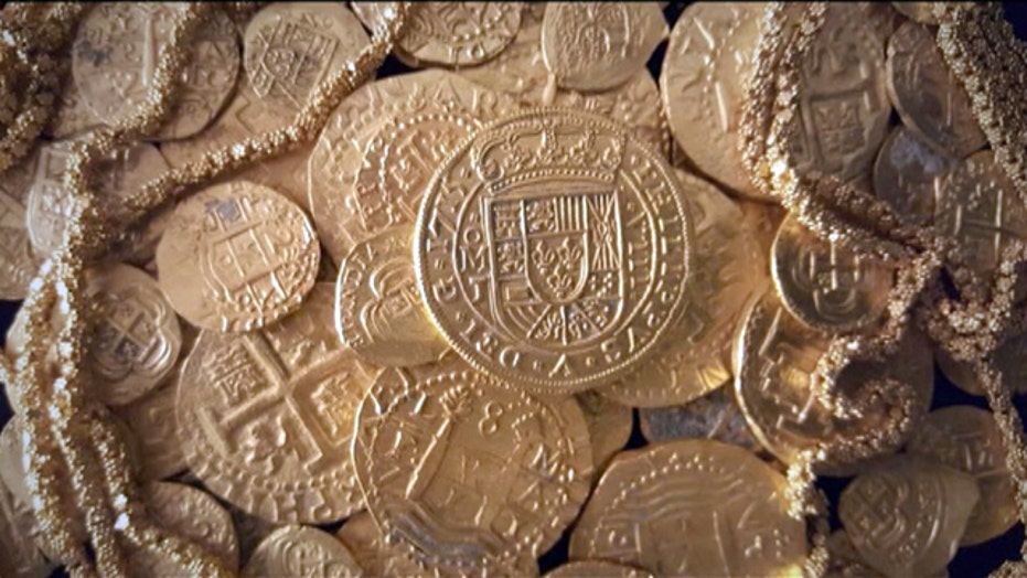 Florida treasure hunters discover over $1 million in coins