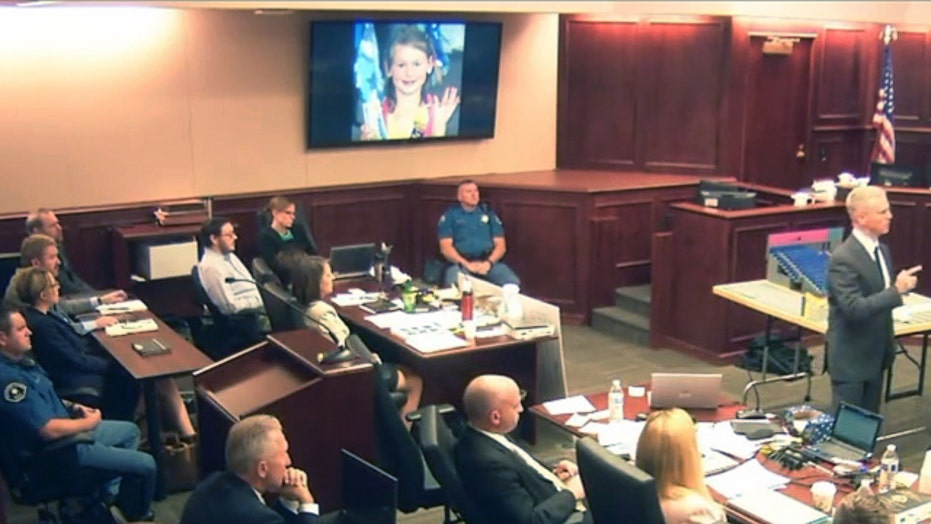 Holmes jury keeps death penalty option, sentencing advances
