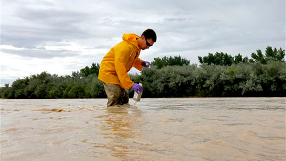 Three state attorneys general to meet over toxic river spill