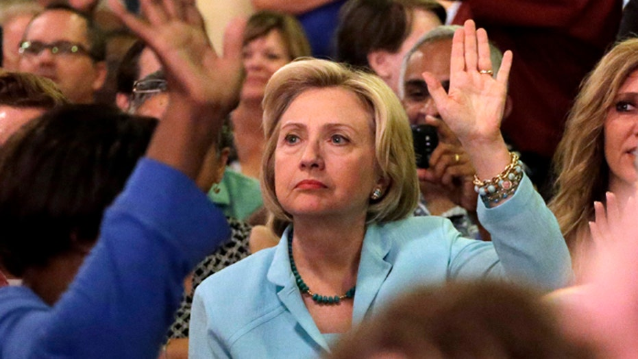 Fundraising in focus as scandal hits Clinton campaign