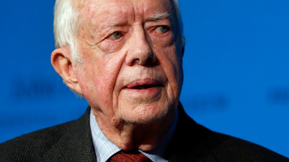President Jimmy Carter announces he has cancer