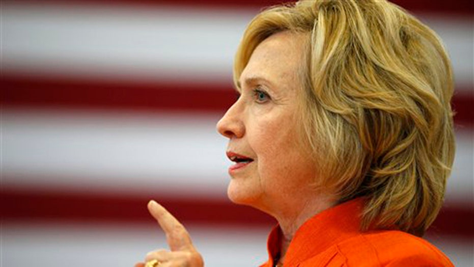 Hillary criticism rising with deepening email scandal